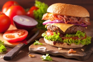50250400 - bacon cheese burger with beef patty tomato onion
